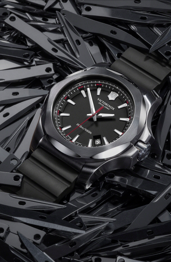 Victorinox – Launch of the New I.N.O.X Watch